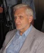 Víťazoslav Hronec – básnik, prozaik, literárny kritik, bibliograf, zostavovateľ antológii, prekladateľ