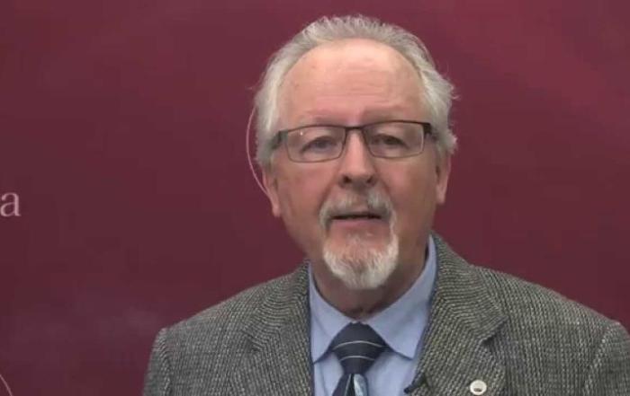Profesor slovenskej histórie a kultúry na Ottawskej univerzite v Kanade