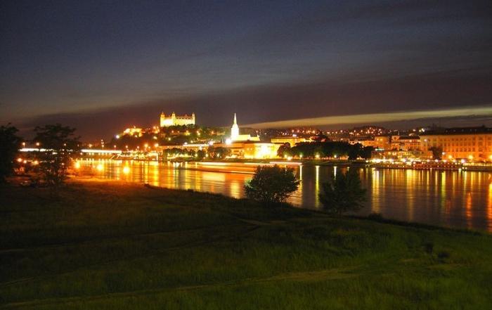 Bratislava – brána Slovenska?