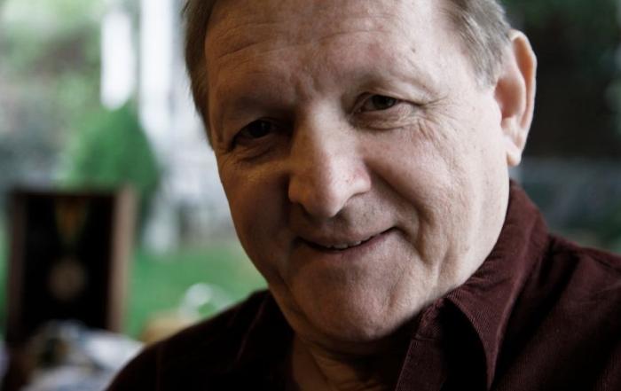 Americký básnik má slovenských rodičov