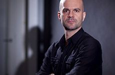 Pavel Zuštiak – majiteľ divadelného súboru v New Yorku