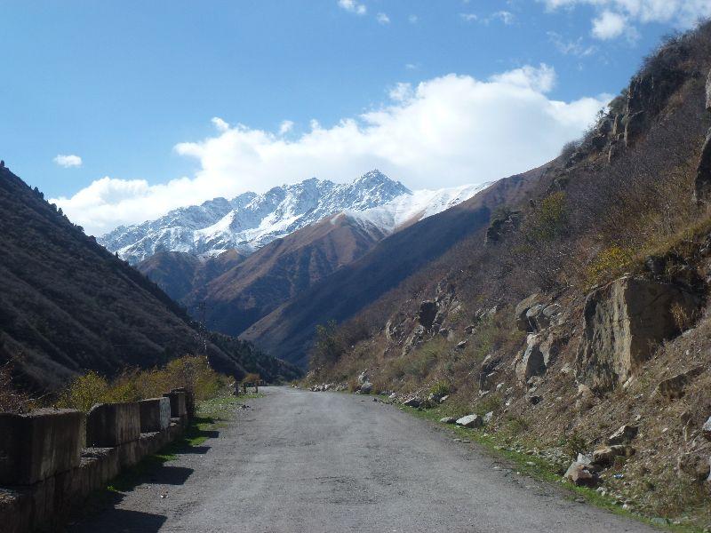 Kirgizsko.