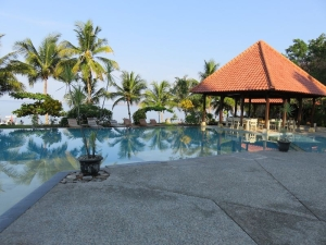 Flores, hotelový bazén