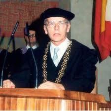 Prof. Ing. Dr. Drs.h.c. Daniel Belluš, slovenský aj švajčiarsky vedec svetového formátu