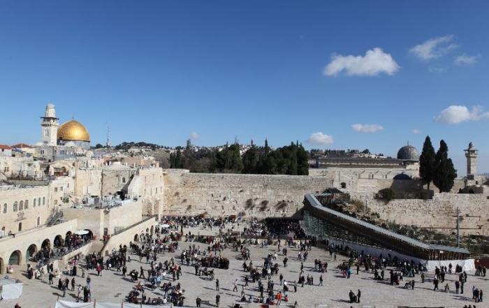 IZRAEL – KONTRASTY SVÄTEJ ZEME