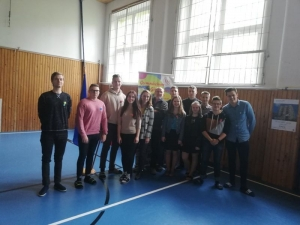 Giraltovce, spolu s EK ambasádormi a ich pani učiteľkou Čorbovou