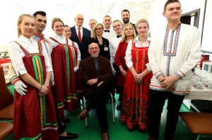 Ruský deň, Veľvyslanec v kuchyni