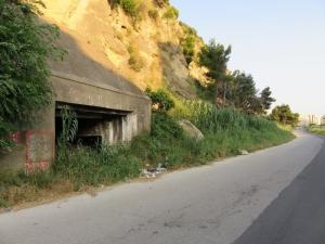 Durres, bunker pri ceste