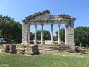 Hl. budova, Apollonia