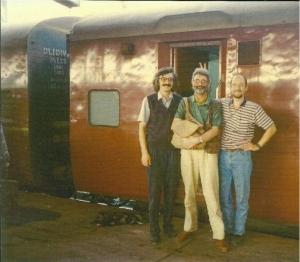 Pred indickým vlakom