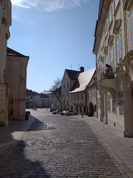 Staré Mesto, Františkánske námestie