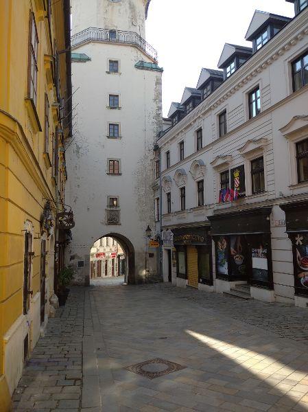 Staré Mesto, Michalská 1
