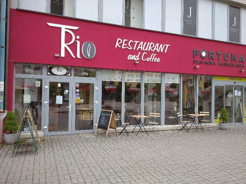 TRio reštaurácia